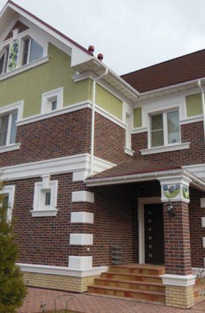 фасад с ирисами